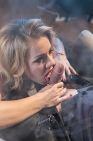 MomXXX: Sasha Zima, Steve Q – Mature blonde seduces in stockings