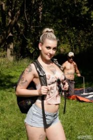QuebecProductions – Violet Revolver, Nick Spank – Camping X-treme 3