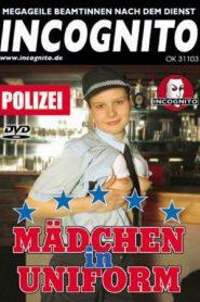 Madchen in Uniform Polizei