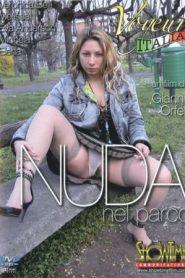 Nuda nel Parco