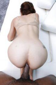 CastingCouch-HD.com – Olivia – Hot Italian Gets 1st BBC